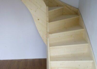 Dřevěné schody 1