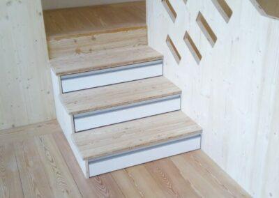Dřevěné schody 2